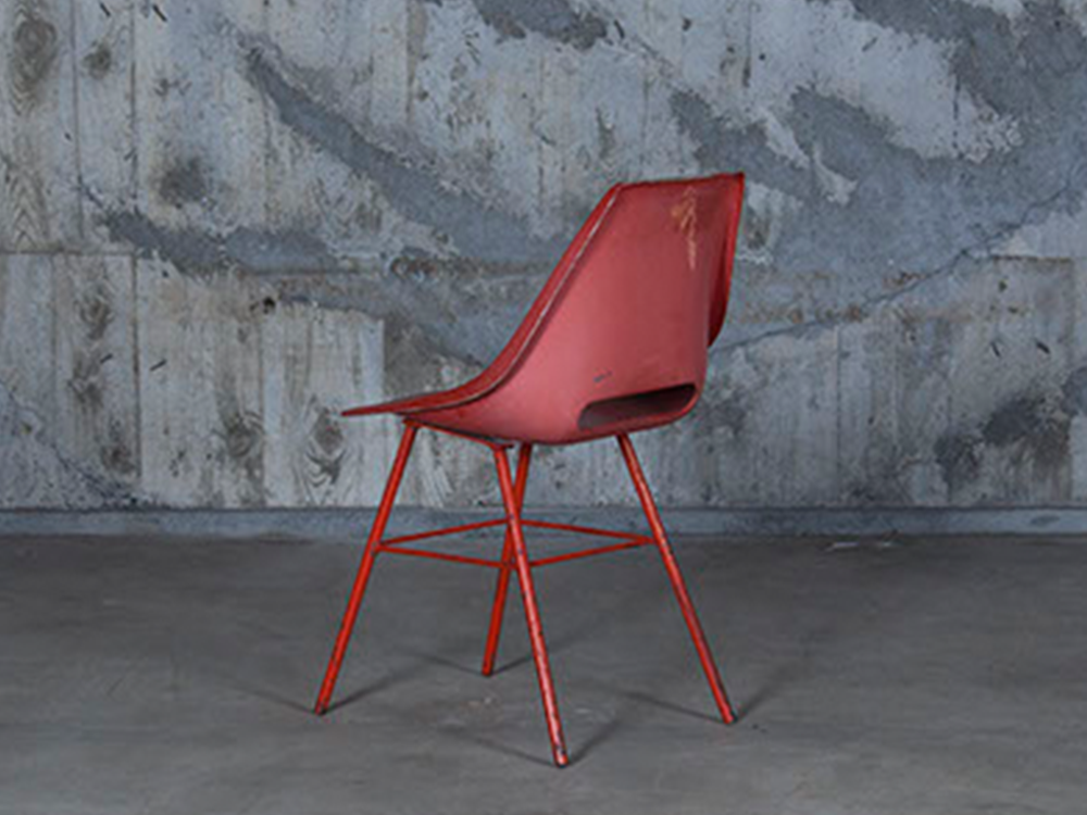 vintage red chair colletion brood interior concept