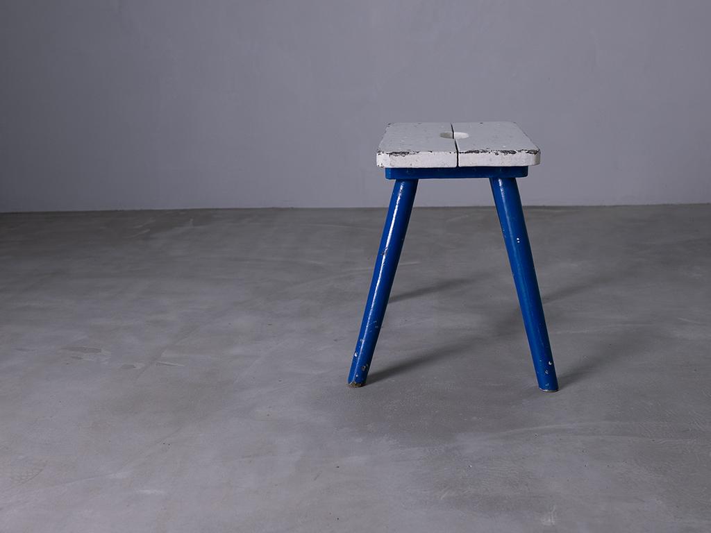 Wooden stool l ウッドスツール