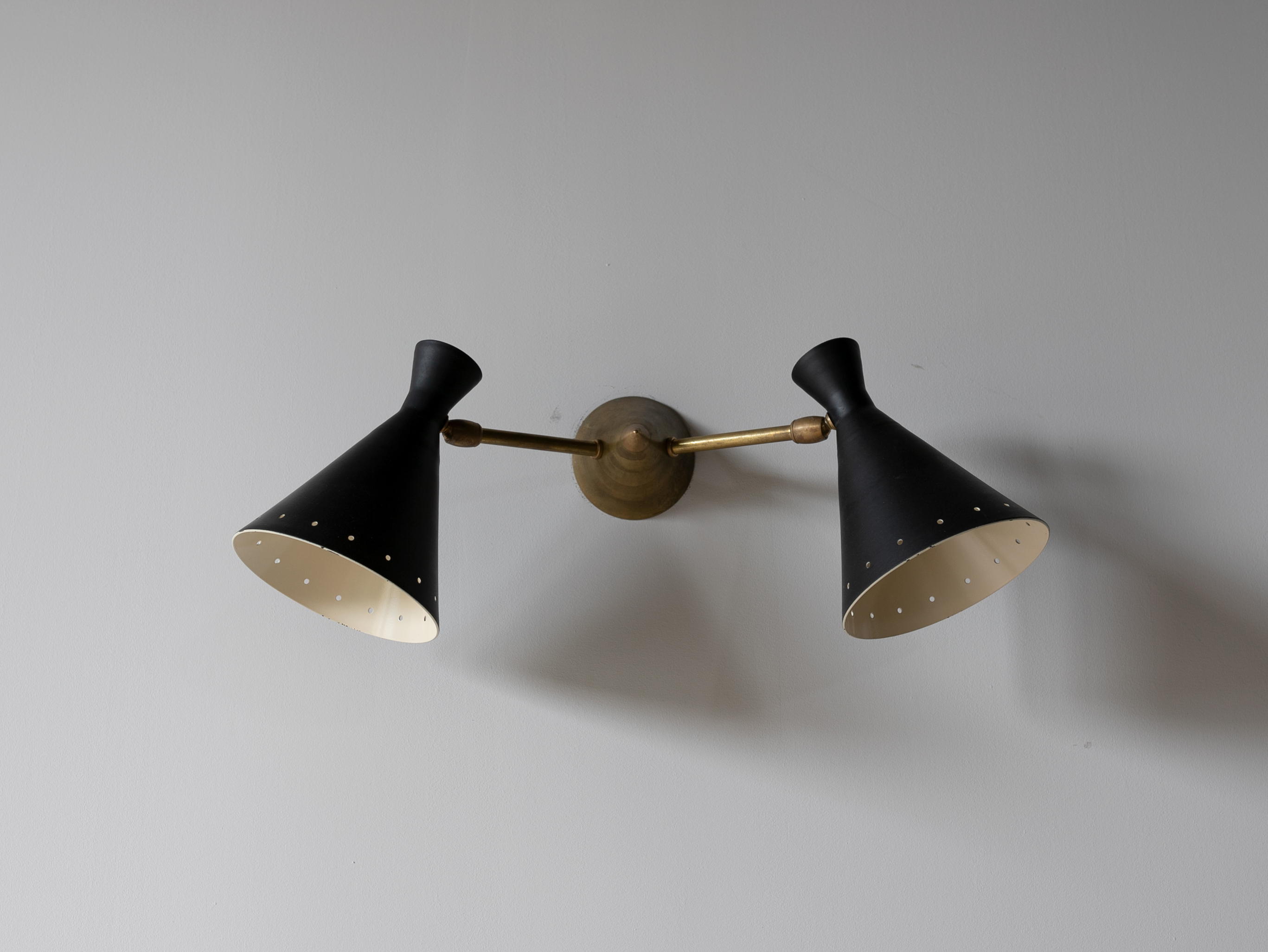 Vintage Double Black Cone Sconce l ビンテージウォールライト