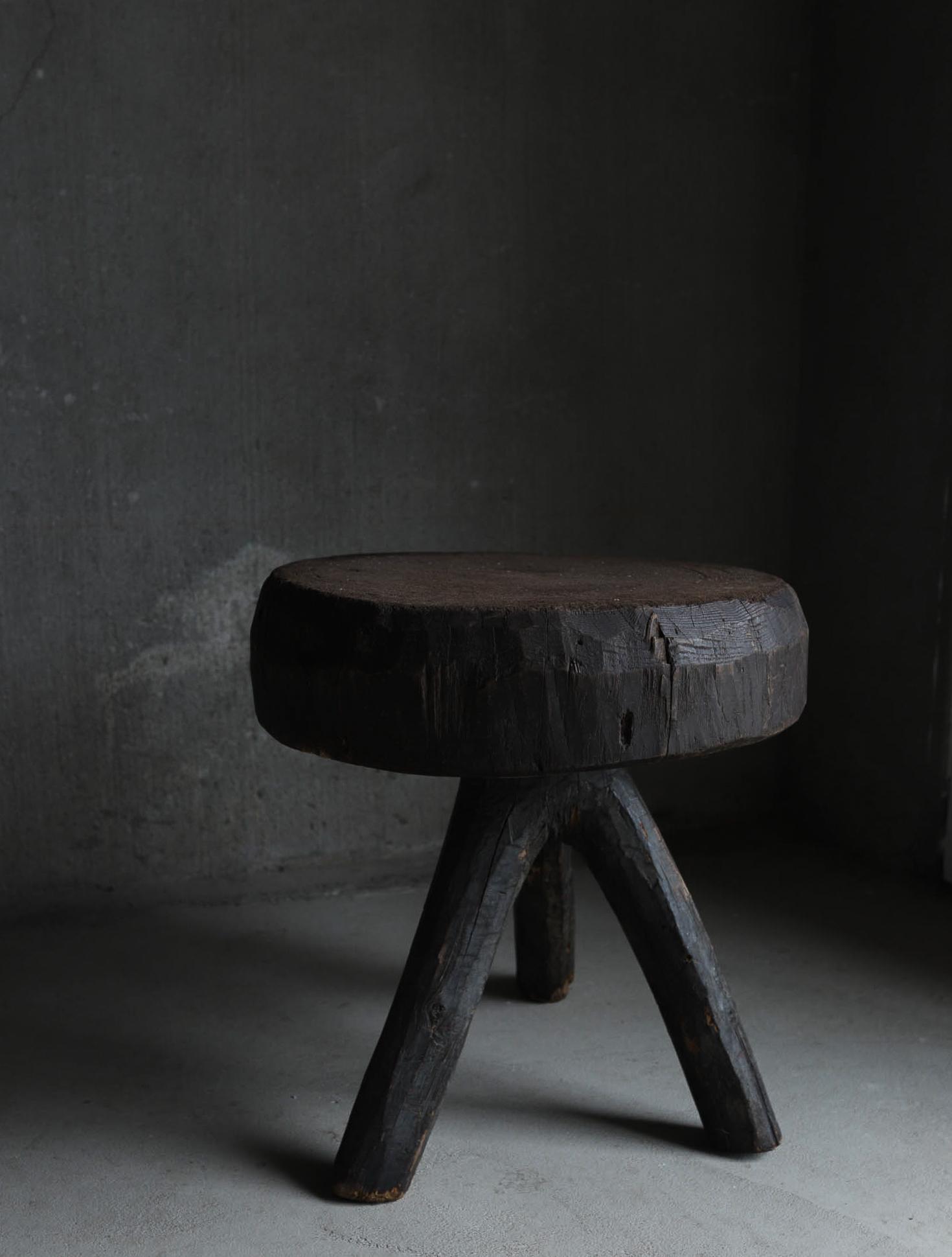 Wooden Primitive Object I 作業台