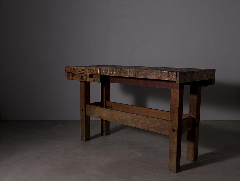 Work bench  l ワークテーブル